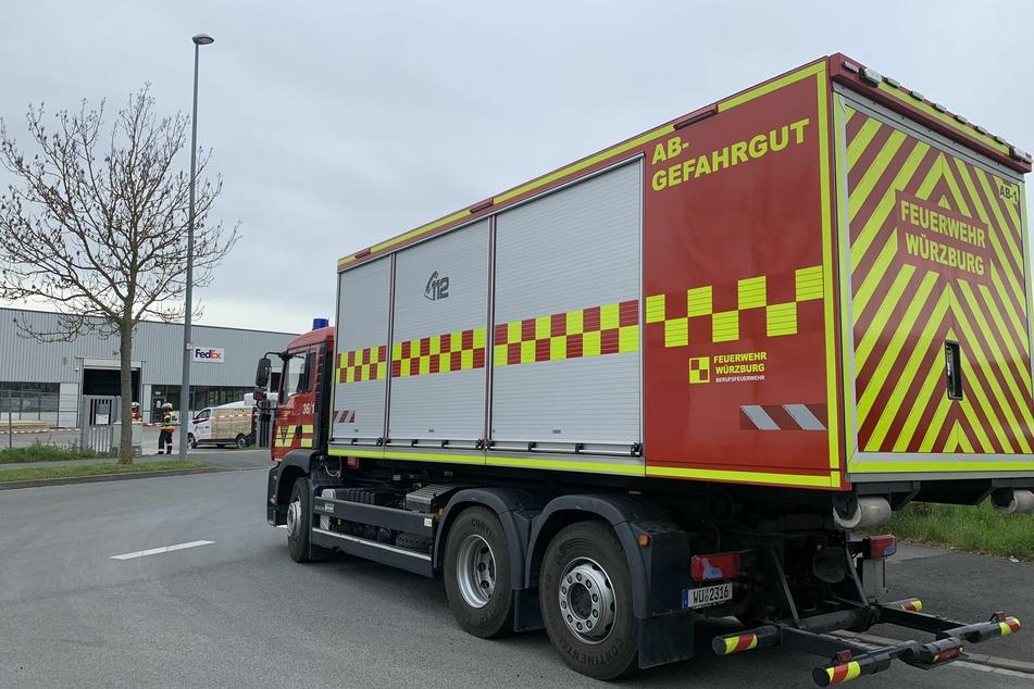 Auch ein Gefahrgutzug der Würzburger Feuerwehr rückte am Einsatzort an.