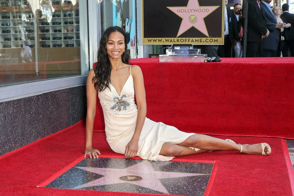 Zoe Saldana shows off her dream body and it's all for a good cause