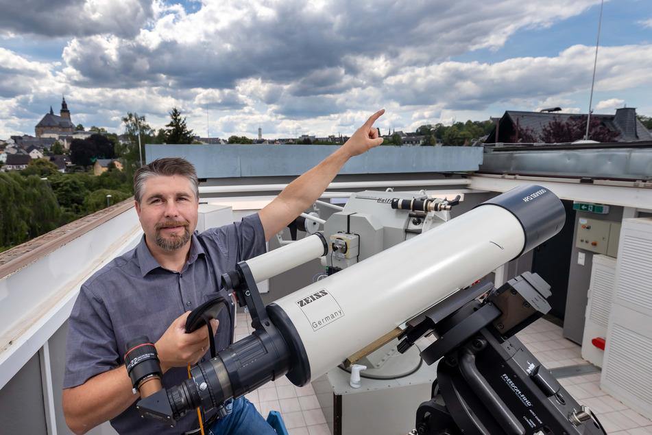 Mike Behnke (46) plant im Planetarium Schneeberg einen Kometen-Abend.