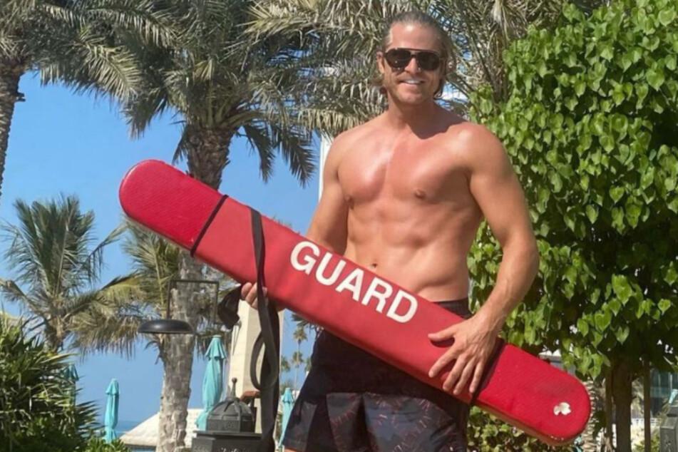 Neuer Job? Ex-Bachelor Paul Janke zeigt sich als sexy Lifeguard