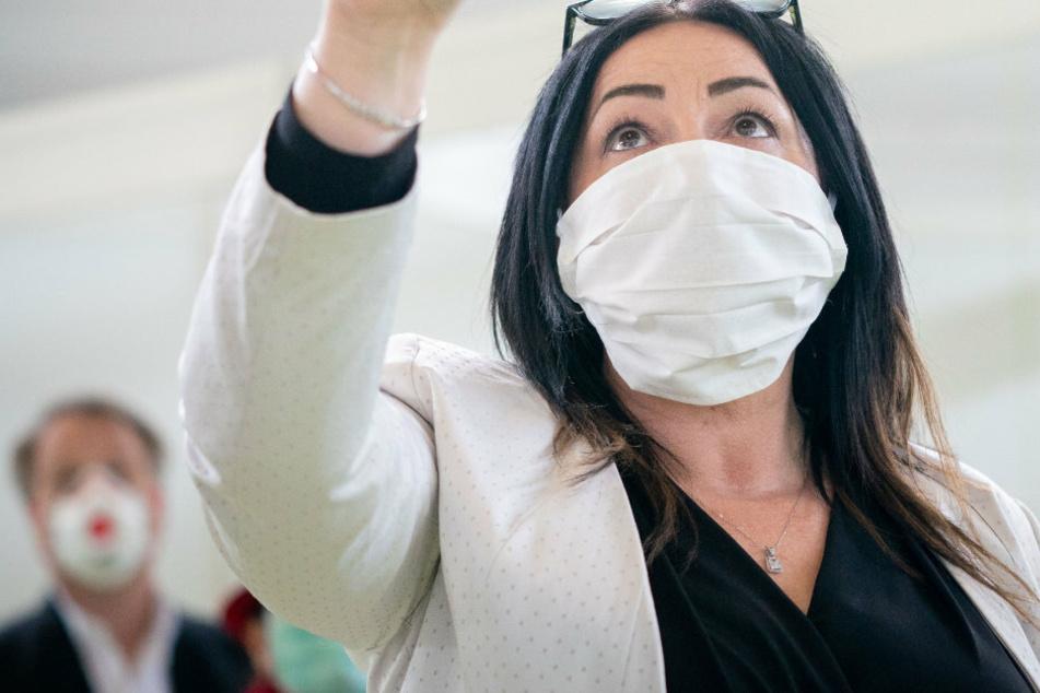 Berlin: Coronavirus-Pandemie: Berlin ermöglicht kostenlose Arztbesuche ohne Krankenversicherung