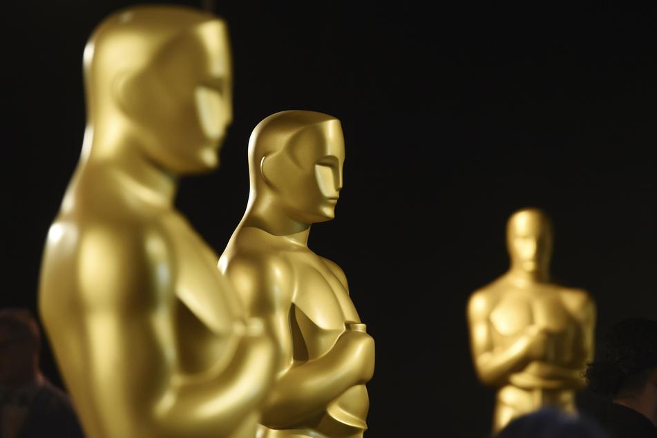 Neben Brad Pitt, Joaquin Phoenix und Halle Berry: Diese Stars sind bei den Oscars 2021 mit dabei!