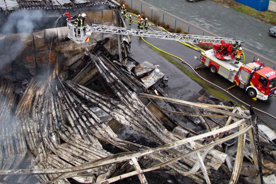 Mega-Brand in Mittelhessen: Vier Millionen Euro Schaden an Firmengebäude