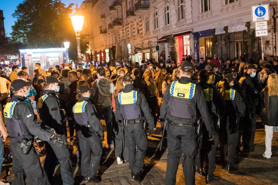 Die Polizei musste am vergangenen Wochenende im Schanzenviertel hart durchgreifen.