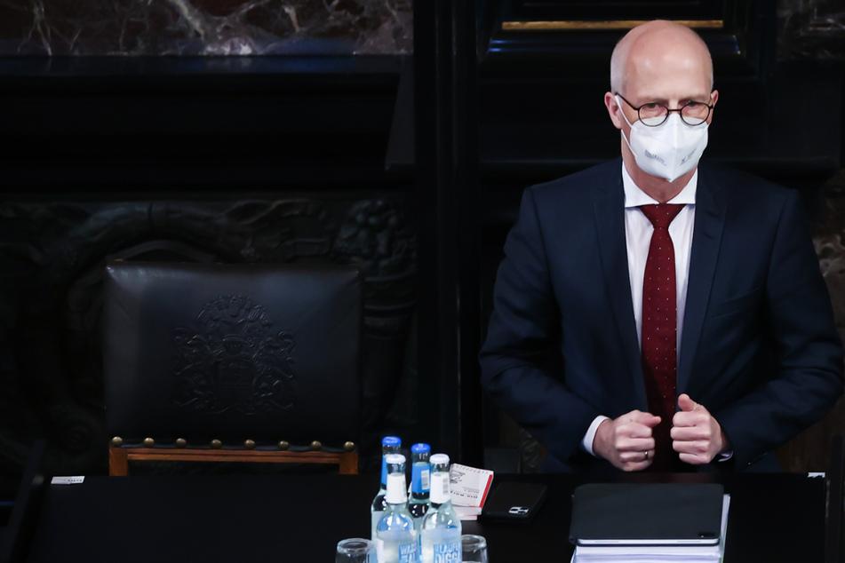 Bürgermeister Peter Tschentscher (55, SPD) verkündete am Freitag die Verschärfungen. (Archivbild)