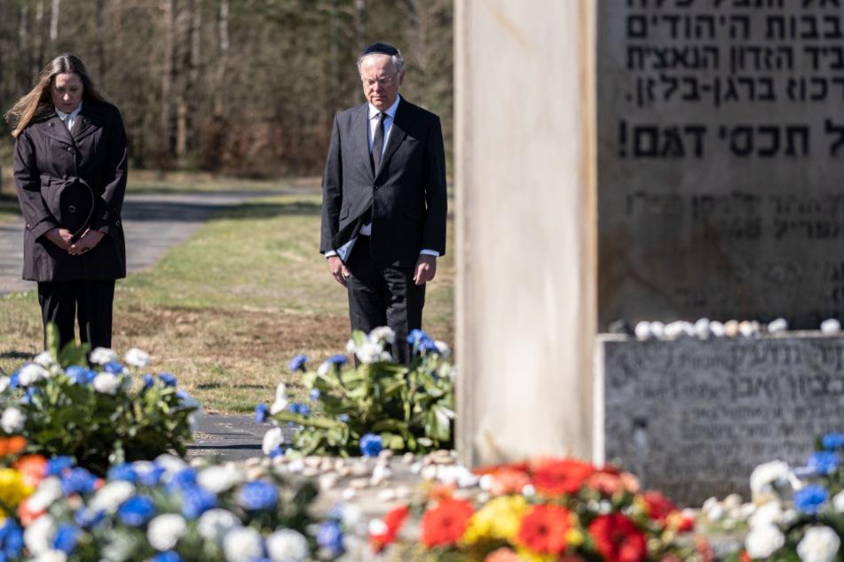 """Ministerpräsident Weil: """"KZ Bergen-Belsen bleibt eine offene Wunde"""""""