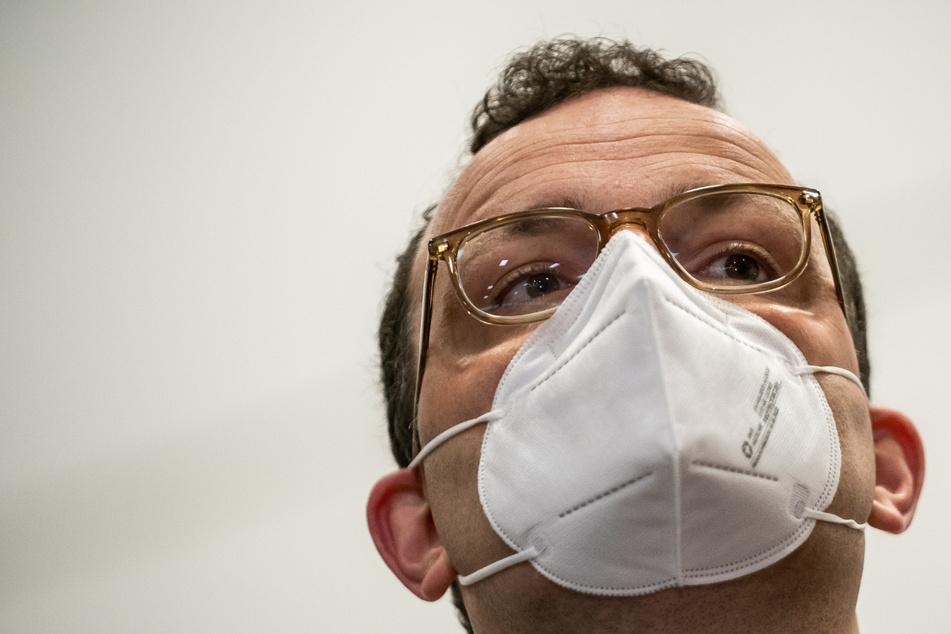 """Gesundheitsminister Spahn mahnt zu Vorsicht: """"Impfen verhindert nicht die dritte Welle"""""""