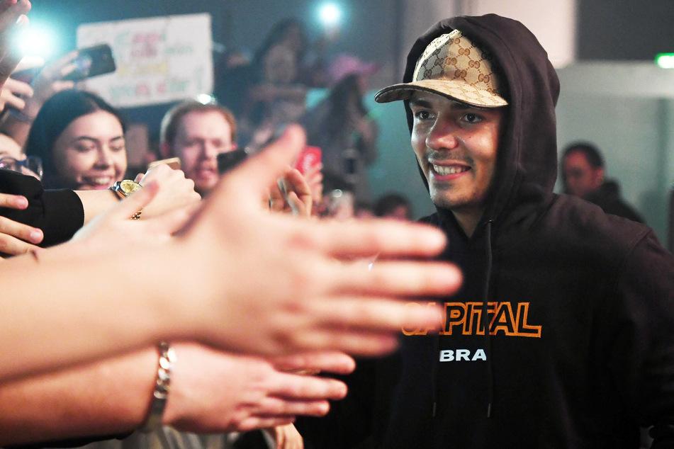 Rapper Capital Bra (26) liegt auf Platz eins der meistgestreamten Künstler in Deutschland - noch vor Apache 207 und Samra.