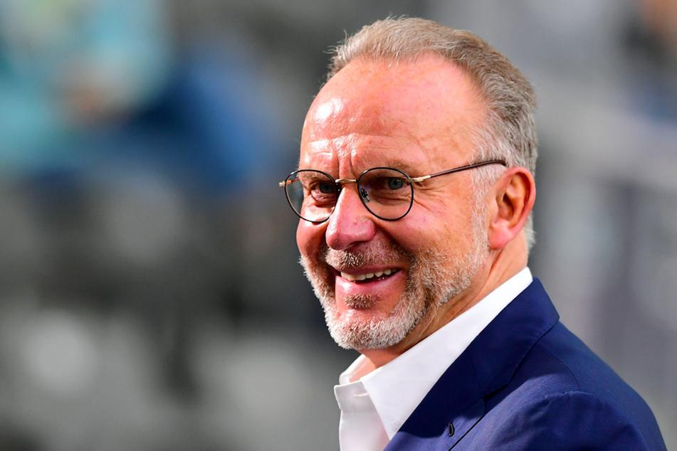Vorstand Karl-Heinz Rummenigge (64) erwartet harte Jahre für Fußball-Profis.