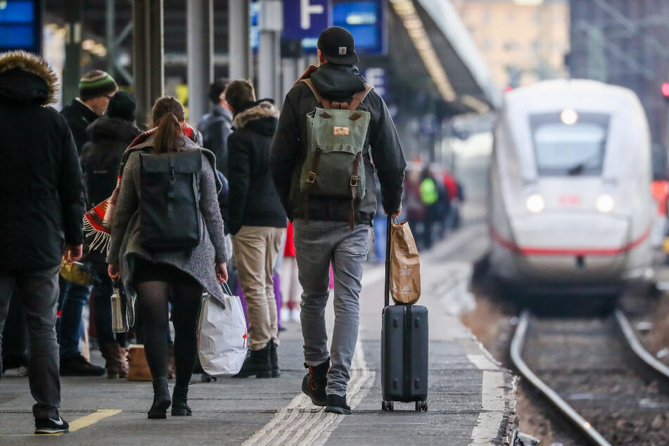 Pendler aufgepasst: Ab Dezember fahren weniger Züge!