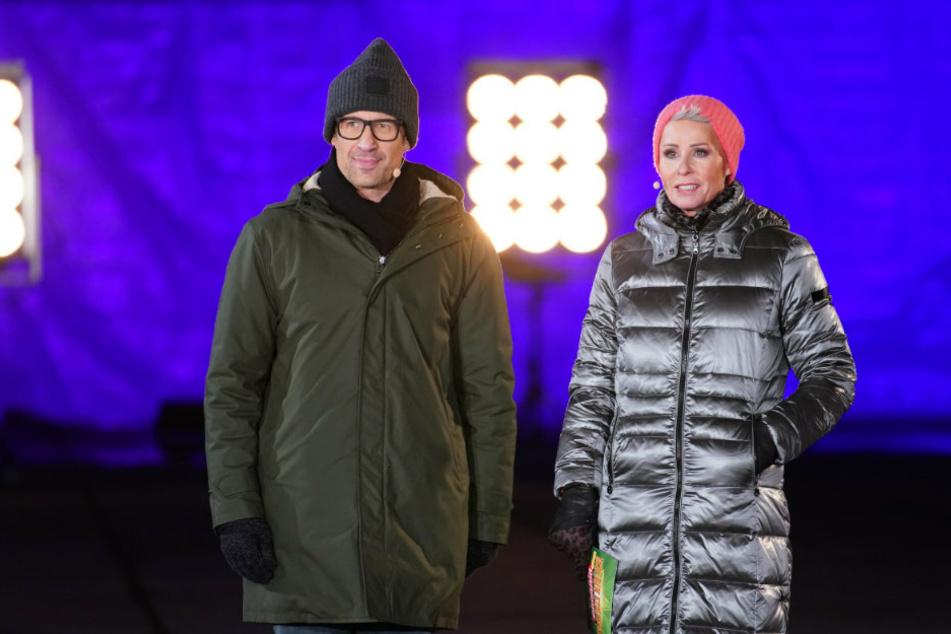 Ihre Gesichter sprechen Bände: Die Moderatoren Daniel Hartwich (42, l.), Sonja Zietlow (52).