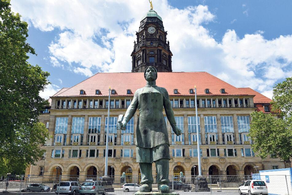 Mit Wumms aus der Krise - oder lieber sorgenvoll sparen? Im Rathaus wird diskutiert.