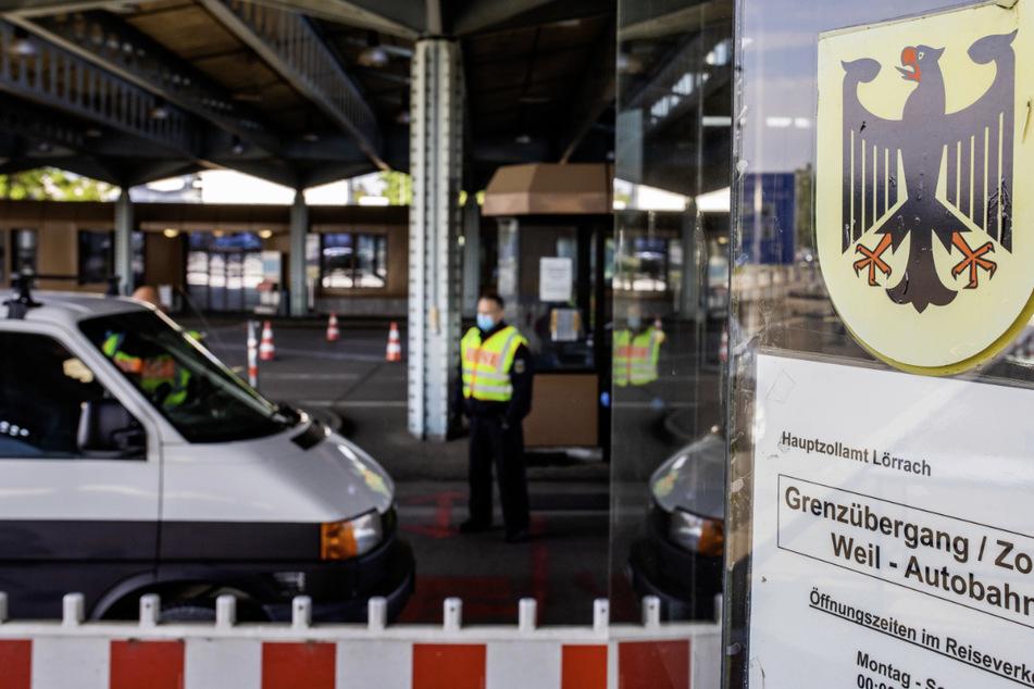 Einreise aus Frankreich und Schweiz: Hunderte fehlende Anmeldungen