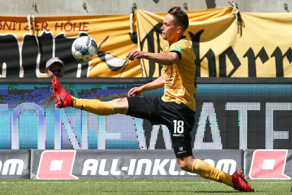 Die Leiste hält! So wollen auch die Fans Jannik Müller in den verbleibenden neun Spielen sehen - wenn sie denn über die Bühne gehen.