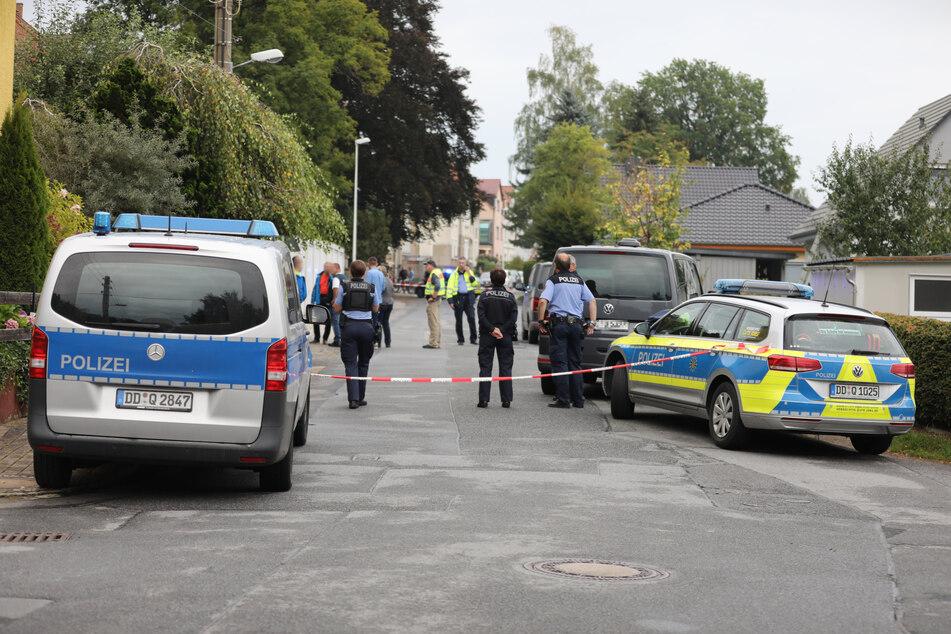 Die Polizei sperrte den Tatort großräumig ab.