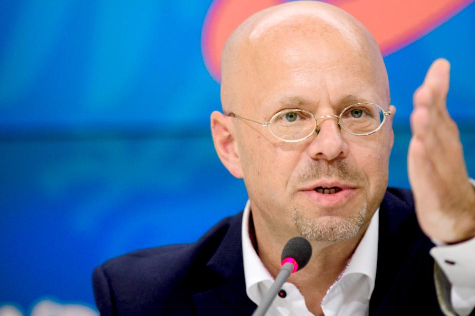 Verfassungsschutz sicher: Kalbitz war HDJ-Mitglied!