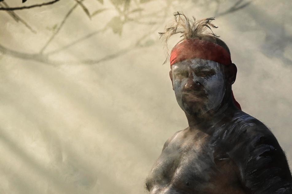 Schon wieder heilige Aborigine-Stätte durch Bergbaukonzern beschädigt