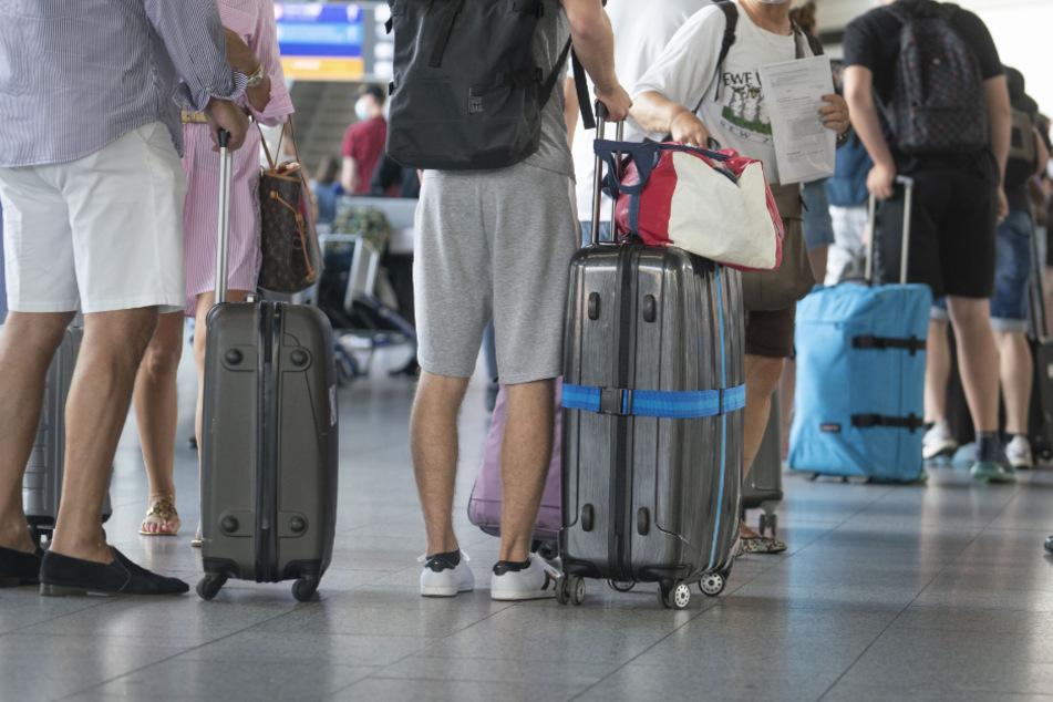 Droht zweiter Lockdown? Lufthansa kritisiert Quarantäne-Pläne für Reiserückkehrer