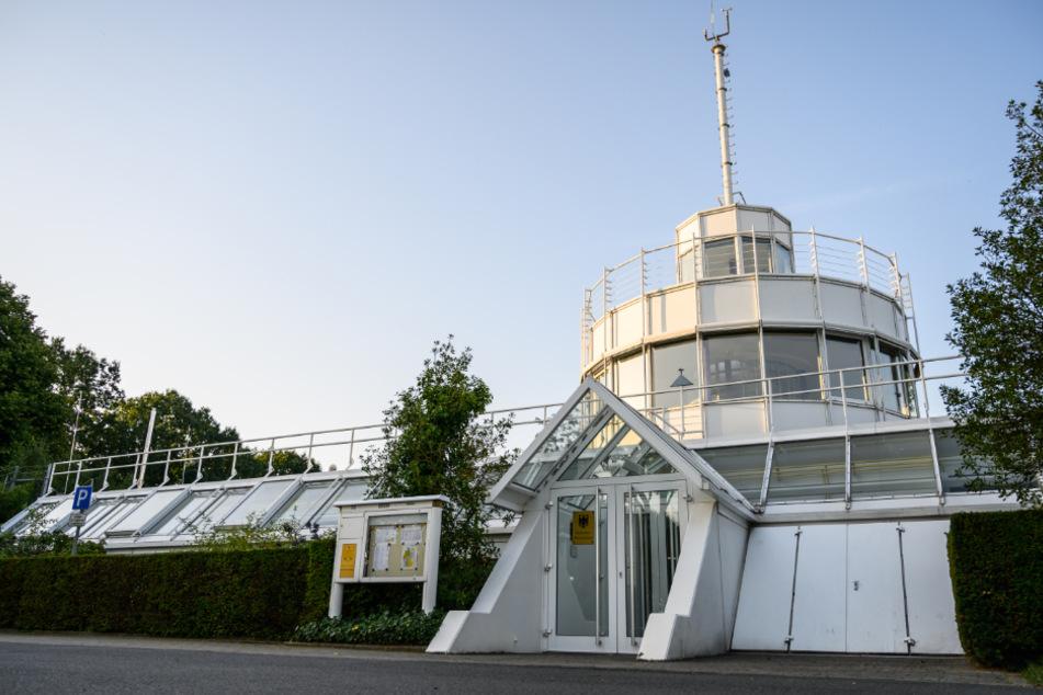 Die Wetterwarte des Deutschen Wetterdienstes (DWD) soll verlegt werden. (Archivbild)