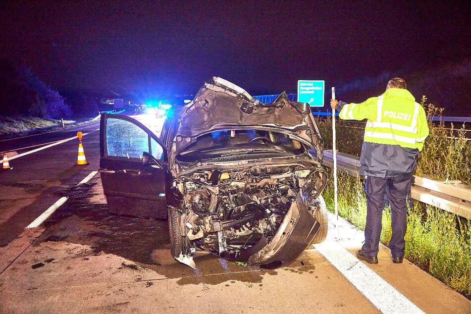 Durch den heftigen Aufprall erlitt der Citroën einen Totalschaden.
