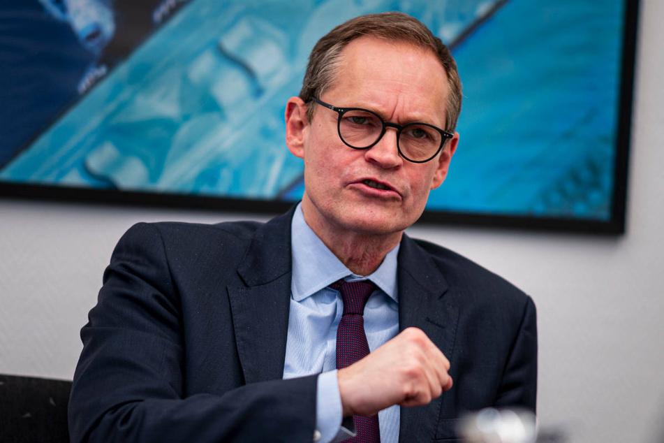 Berlins Regierungschef Michael Müller (56, SPD) hat den am Mittwoch vereinbarten Corona-Stufenplan zu möglichen Öffnungsschritten als gut nachvollziehbar gelobt.