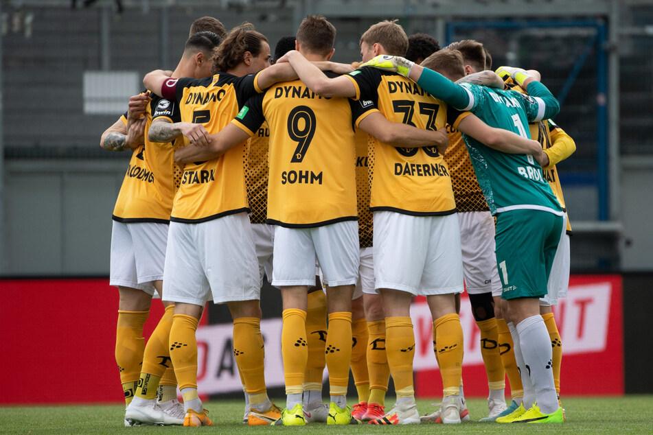 Nach der Meisterschaft in der 3. Liga muss Dynamo Dresden bald in einer bärenstarken 2. Bundesliga ran. Vorher spielen sie aber nochmal gegen Union Berlin.