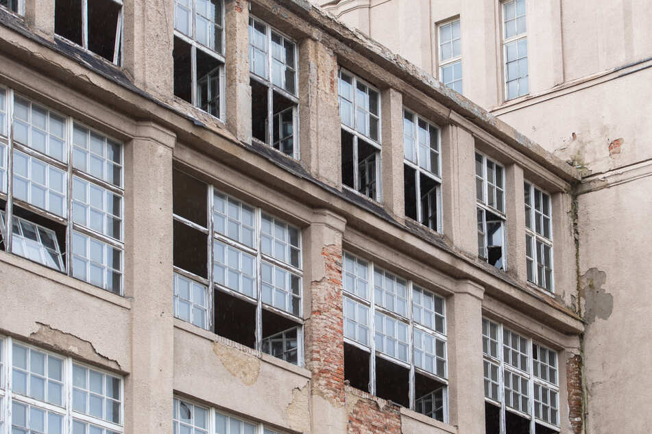 Das Industriedenkmal ist seit Jahren baufällig. Bisher gab es noch keinen zielführenden Lösungsansatz für eine Umnutzung.