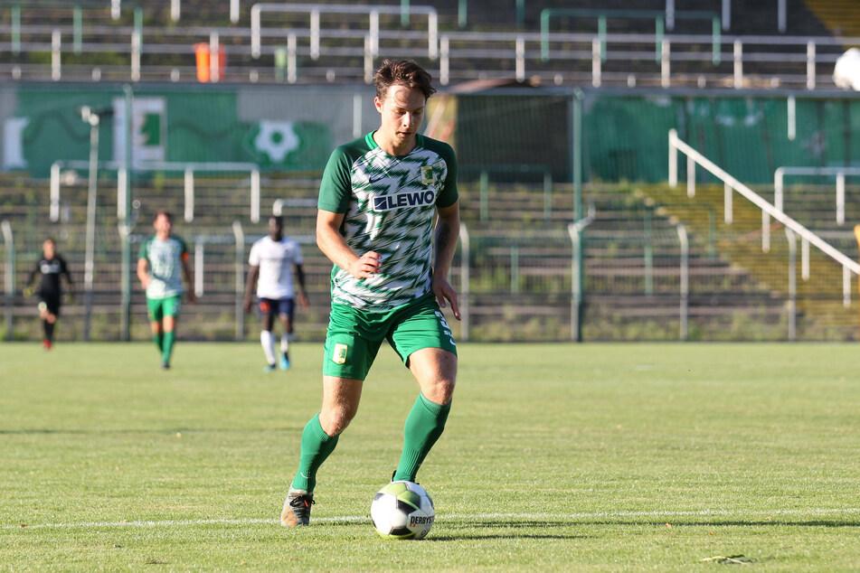 Luca Beckenbauer (19) spielte am Mittwochabend für Chemie Leipzig beim 5:0-Testspielsieg über Stadtrivale FC Inter zur Probe mit.