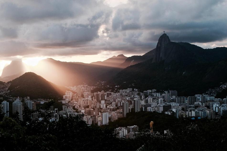 Der Fall einer vergewaltigten und dadurch geschwängerten Zehnjährigen spaltet Brasilien.