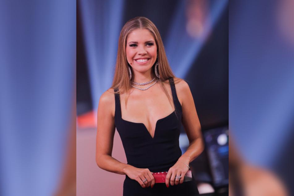 Victoria Swarovski (27) lächelt in die Kamera.