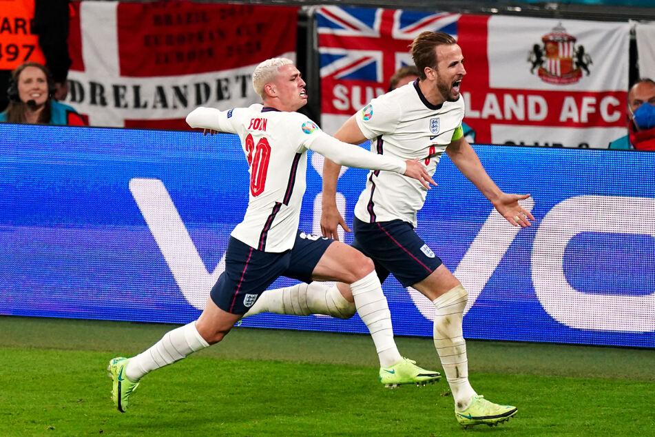 Der Kapitän ging voran! Harry Kane (r.) führte England mit seinem Treffer ins Endspiel.