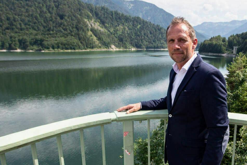 Thorsten Glauber (50) hofft auf eine schnelle Entscheidung in Sachen Flutpoldern im Kabinett. (Archiv)