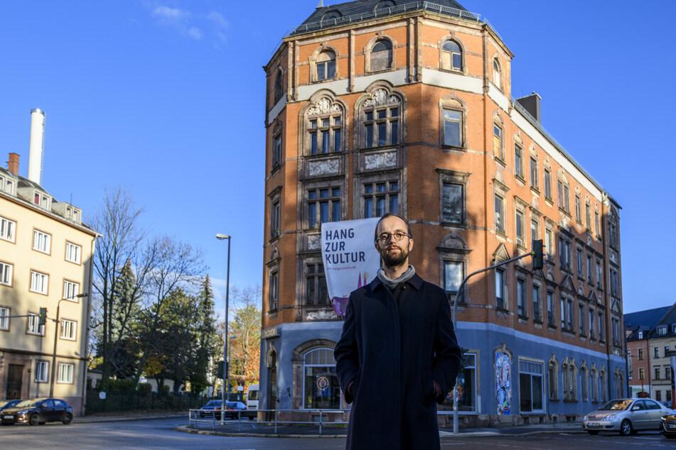 Der Klub Solitaer mit Vorstand Robert Verch (35) rettete das Haus Augustusburger Straße 102 vor dem Verfall und schaffte dort einen Kultur-Hotspot.