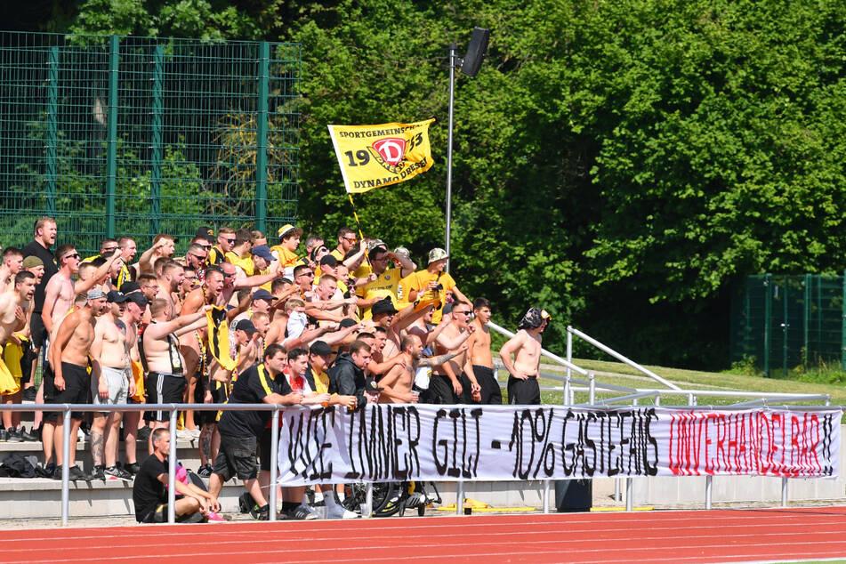 """""""Wie immer gilt: 10 % Gästefans - unverhandelbar"""", stand auf dem Banner, das die Dresdner Anhänger beim Test gegen Braunschweig zeigten."""