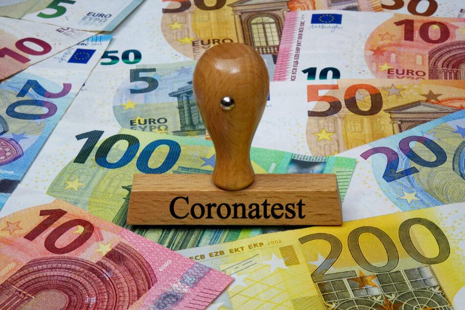 Die Coronatests gehen übers Jahr hinweg gesehen richtig ins Geld. Einer kostet pro Person 59 Euro.