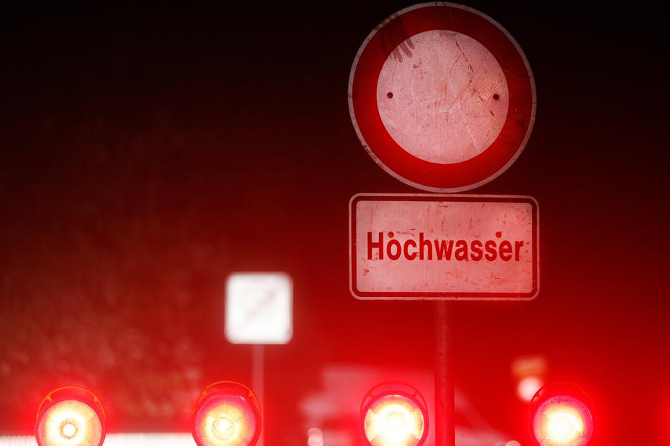 In Österreich kamen die Menschen in Hochwasser-Gebieten mit einem blauen Auge davon. Anders als in Deutschland. (Symbolbild)