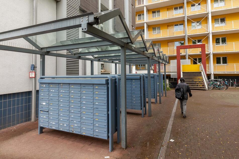 Gestohlene Post: Die Kripo ermittelt auch im Umfeld von Studentenwohnheimen und ihren Briefkastenanlagen.