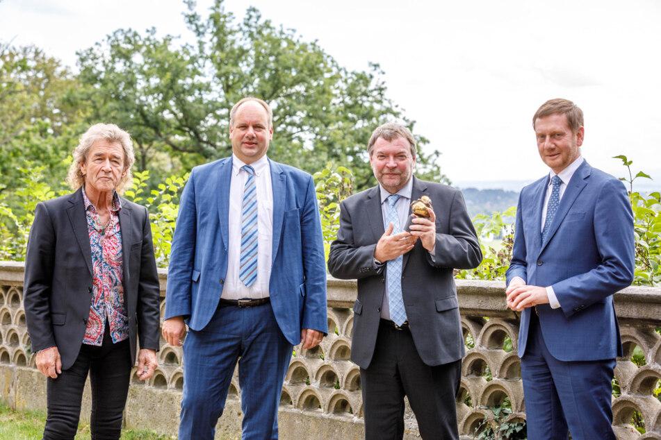 v.l.n.r.: Peter Maffay (71), Dresdens Oberbürgermeister Dirk Hilbert (48), Claus-Peter Reisch (59), Ministerpräsident Michael Kretschmer (45)