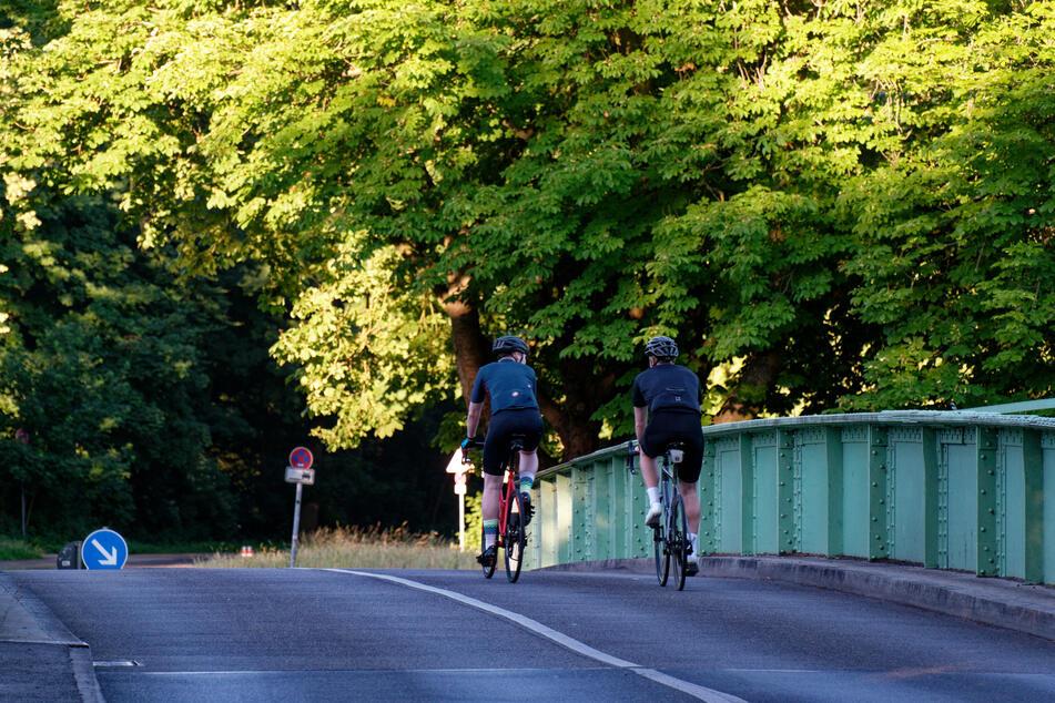 Das Wetter in Nordrhein-Westfalen wird zum Wochenende hin wieder freundlicher. Einer Radtour steht dann nichts mehr im Wege.