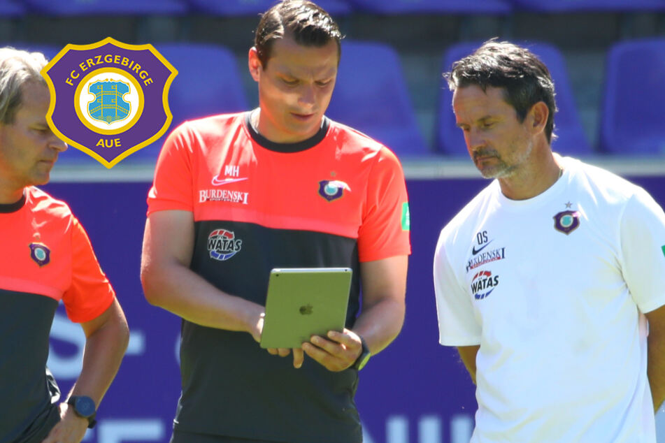 """Aue-Coach Schuster verrät Taktikgeheimnis: """"In diesem System fühlt sich die Mannschaft am wohlsten"""""""