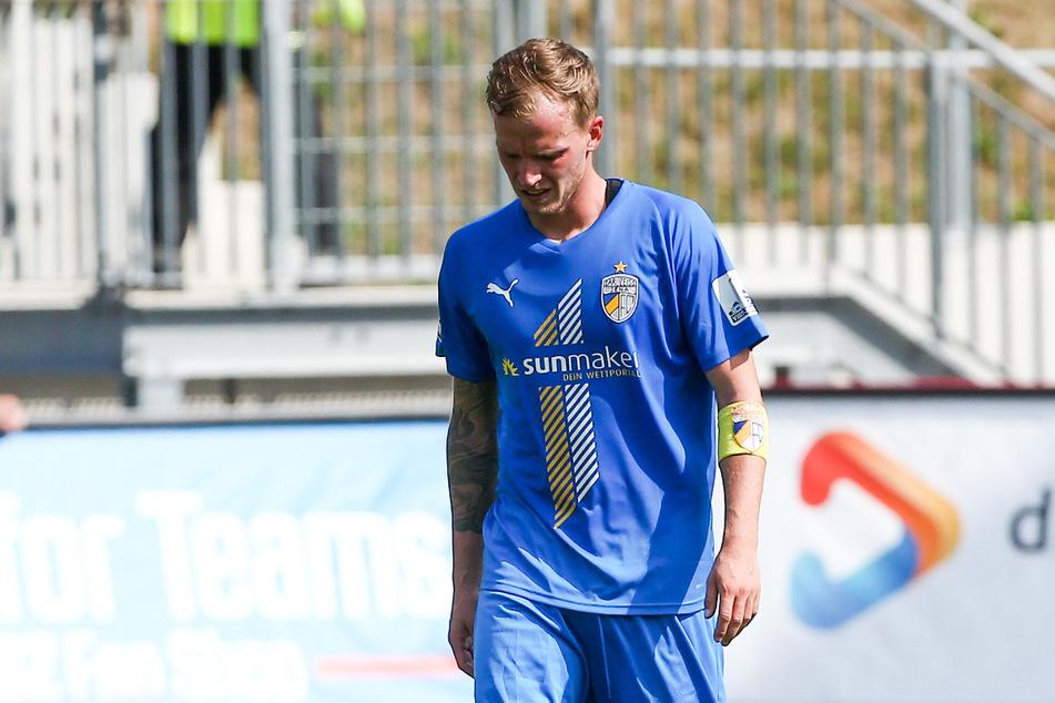 Die Enttäuschung ist groß: Kapitän René Eckardt muss den FC Carl Zeiss nach 23 Jahren im Sommer verlassen.