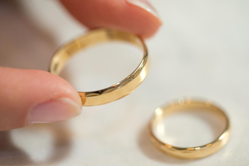 Weniger Hochzeiten in der Pandemie: Im März dieses Jahres haben weniger Paare geheiratet als im Vorjahresmonat.