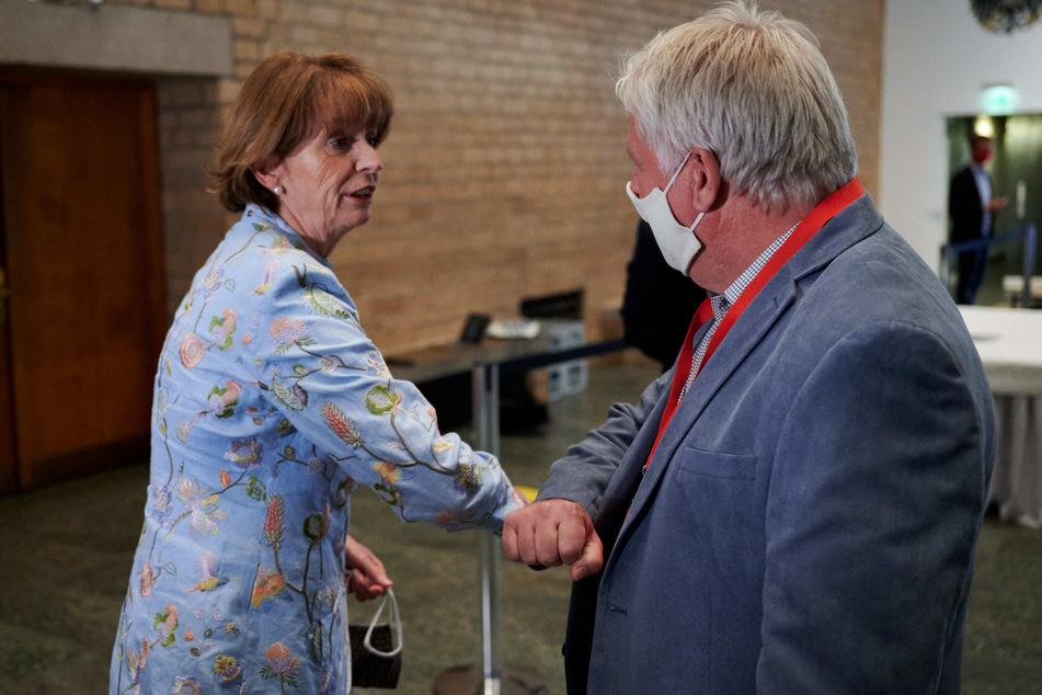 OB-Wahl in Köln: Henriette Reker bleibt Stadt-Oberhaupt