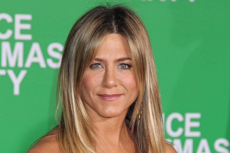 Jennifer Aniston (52) kann sich auch vorstellen, mit einem nicht prominenten Mann zusammen zu sein.