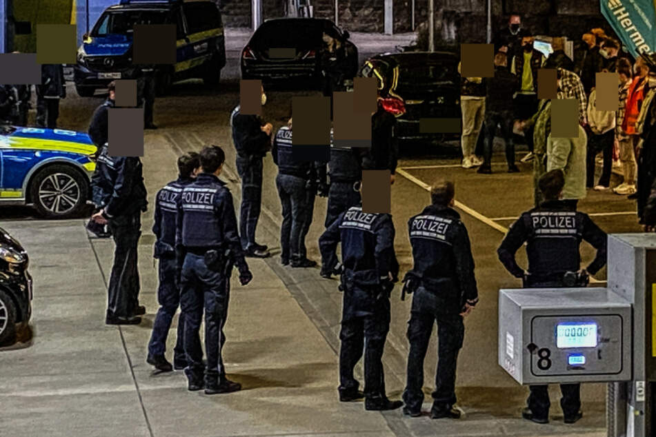 Stuttgart: Umstrittener Videodreh! Rapper Azet löst Polizei-Einsatz aus