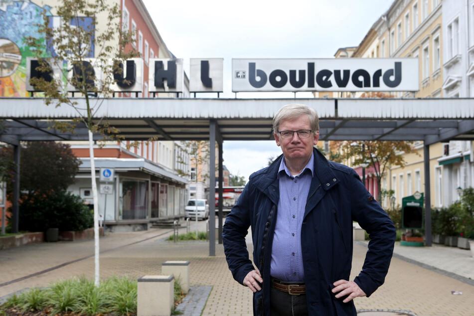 Dietmar Berger (69, Linke) weist daraufhin, dass Wohnungen dem Schutz der Verfassung unterliegen.