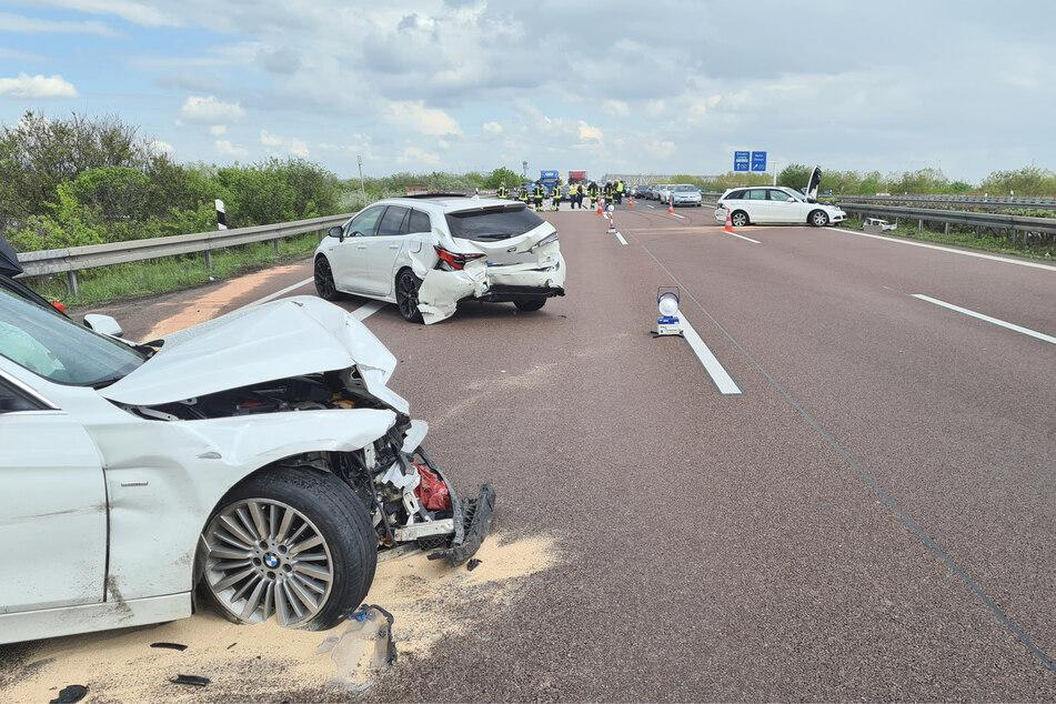Drei Autos waren in den Unfall auf der A14 verwickelt - wie genau es dazu kam, wird nun ermittelt.