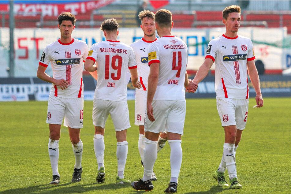 Der Hallesche FC kassierte beim Tabellenletzten SpVgg Unterhaching eine 0:3-Pleite.