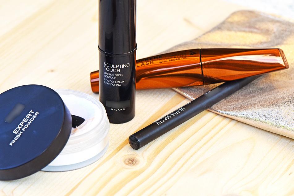In vielen verschiedenen Kosmetikprodukten findet sich noch immer Mikroplastik (Symbolbild).