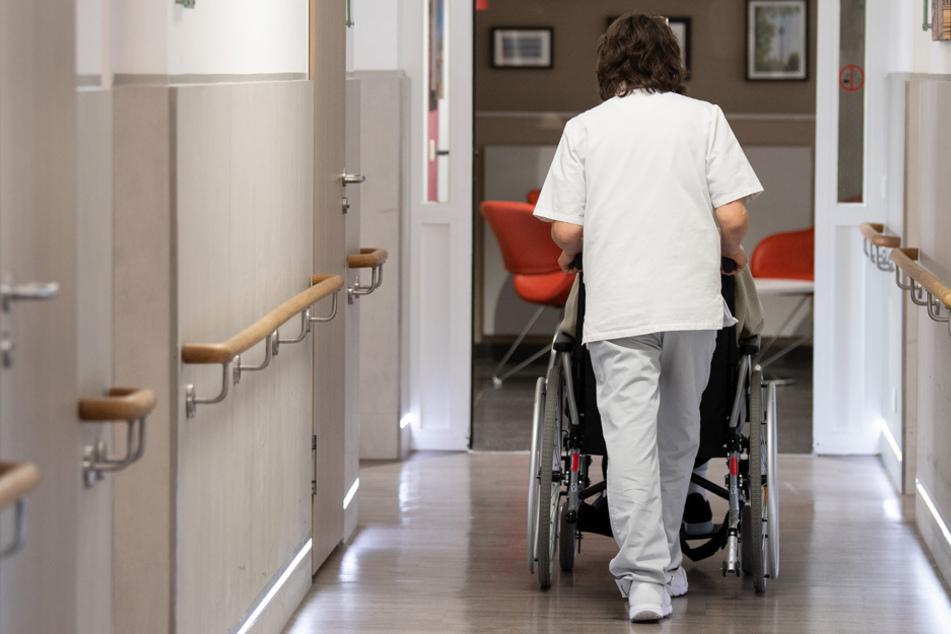 Corona in Bayern: Immer weniger Neuinfektionen - noch zwei Regionen über 200